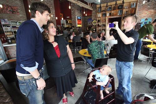 Movie star and entrepreneur Ashton Kutcher photo opportunity