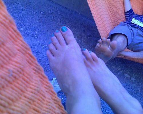 toes in hammocks