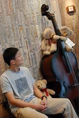 遙想起過去曾經彈奏過 double bass 的時光