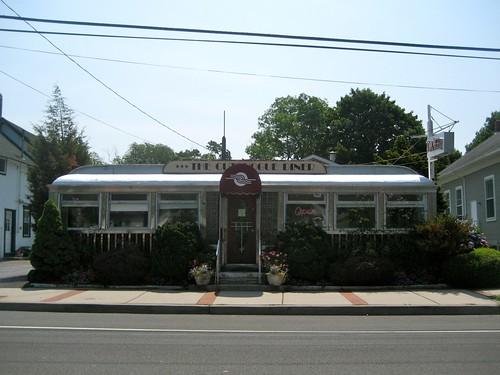 Cutchogue Diner Exterior