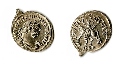 Frome Silver denarius of Carausius 286-93 Adventus (13 3) Composite image