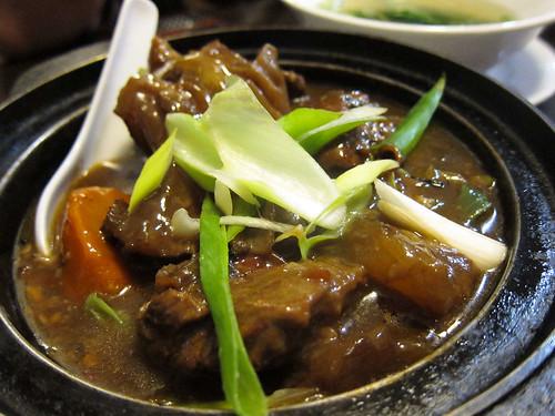 Beef Tendon Pot in Mien San