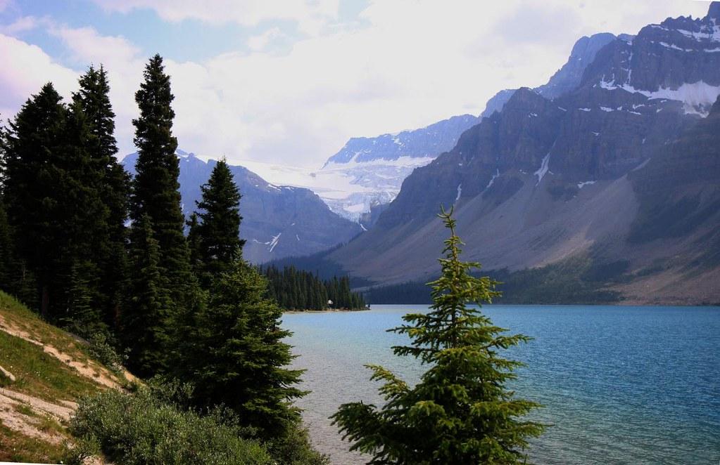Bow Lake in Banff