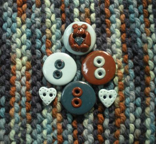 Tessa Ann Teddy Bear buttons with 3IG Carson