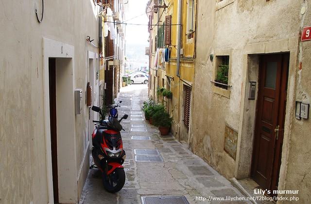 Izola民宅間的巷道,任一處都是很好拍照的風景。