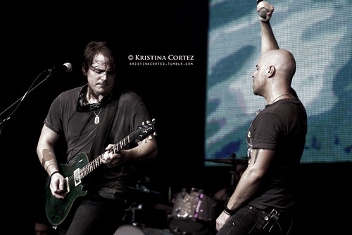 Daughtry at 2010 F1 Singapore GP (1/6)