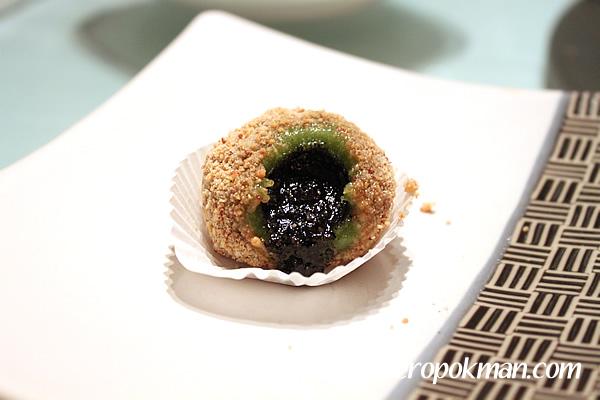 Crispy Green Tea Glutinous Dumplings
