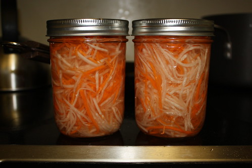 Pickled Carrots and Daikon (Do Chua)