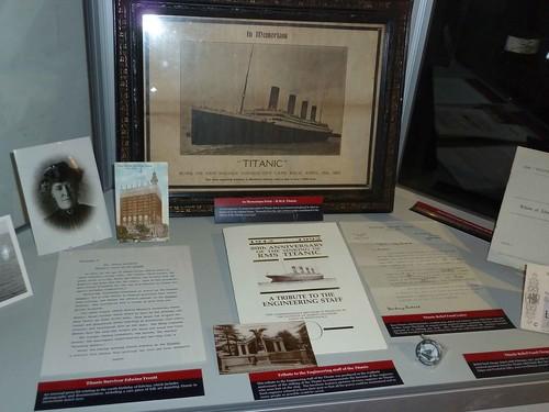 Titanic tributes