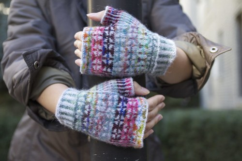 Monet gloves