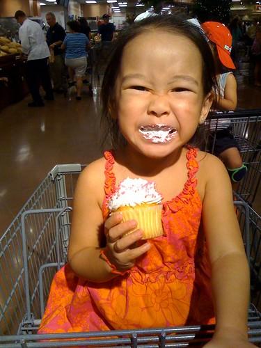 247/365 cupcake