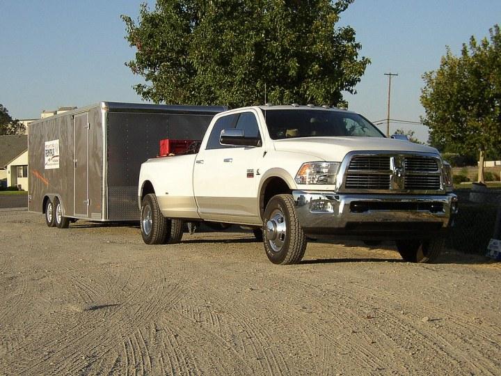 Dodge Ram Heavy Duty 3500 4x4 dually review