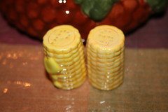 """2"""" tall corn on the cob S&P shakers"""