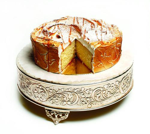 La Duni Cuatro Leches Cake