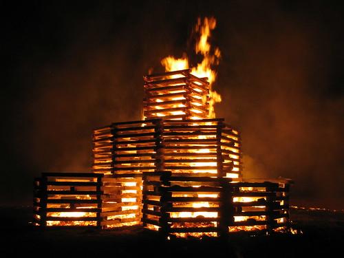 2010 Rose-Hulman bonfire