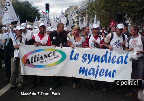 même la police dans le cortège - manif 7 septembre syndicat alliance