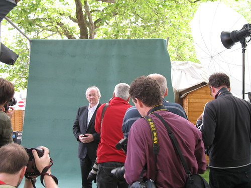 Murdo Macleod and press photographers with Philip Pullman at Charlotte Square
