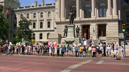 NOMTourTracker.com: view of counter-protest of NOM's Indianapolis rally (Credit: Bil Browning)