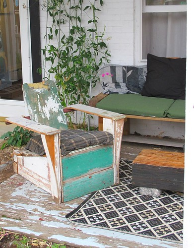 basic outdoor furniture