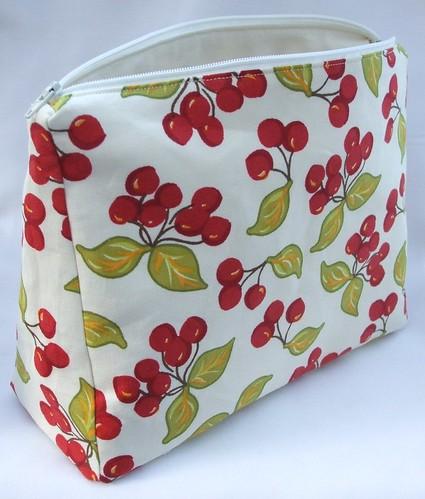 Cosmetics purse
