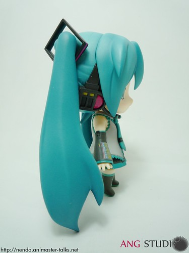 Miku-chan - side view