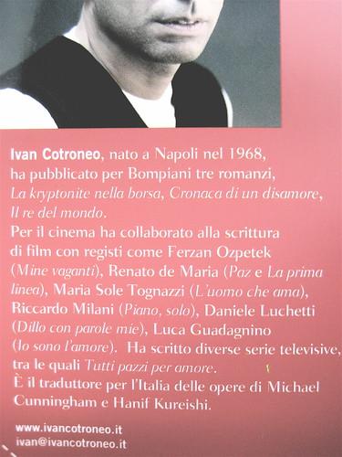 Ivan Cotroneo, Un bacio, Bompiani 2010; cover design: Polystudio; copertina: Carla Moroni; risvolto della q. di cop.; foto dell'autore, ©Fabio Lovino (part.), 2