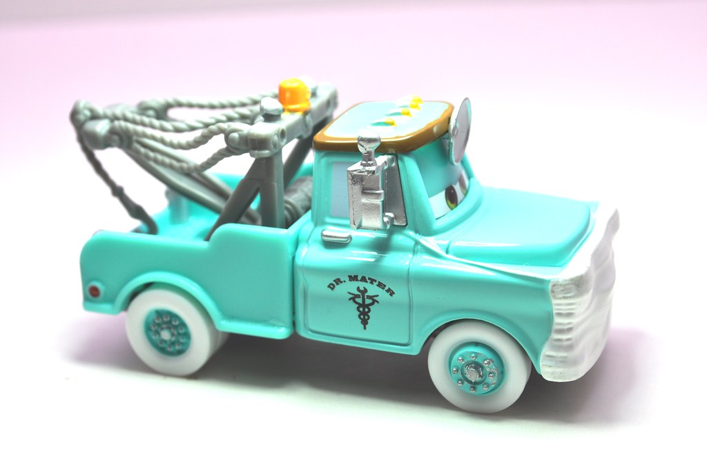 disney cars cars toon dr. mater with mask up (3)