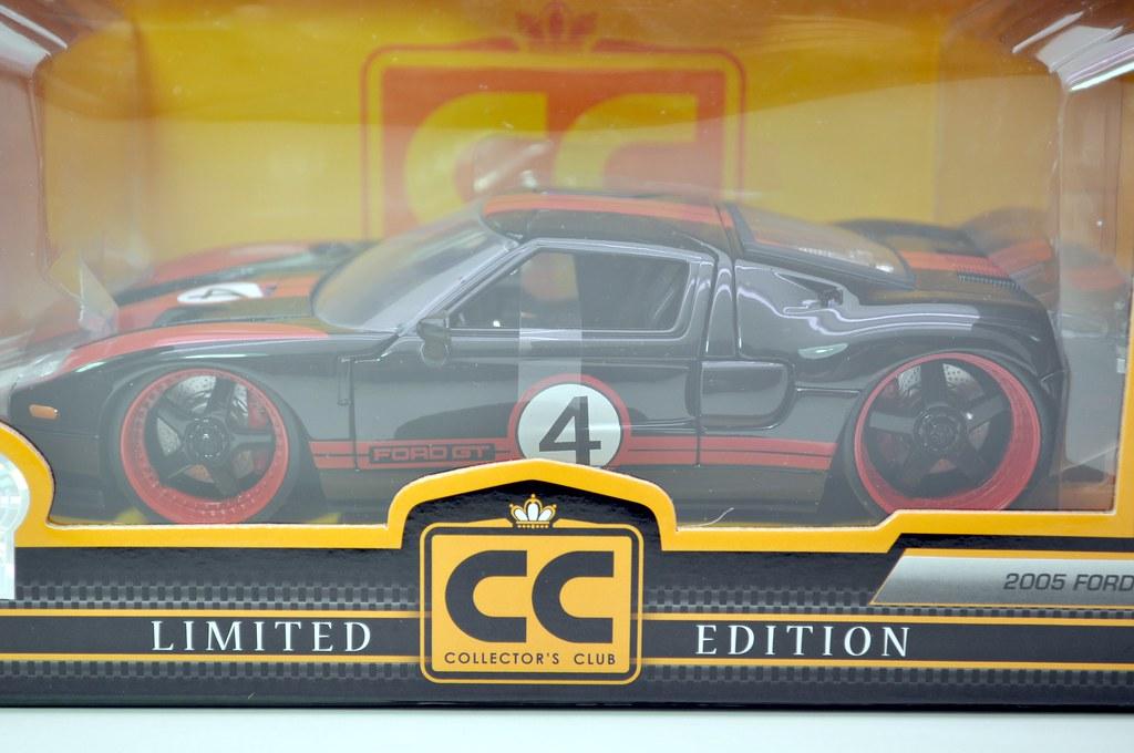 jada toys 2003 ford GT (2)