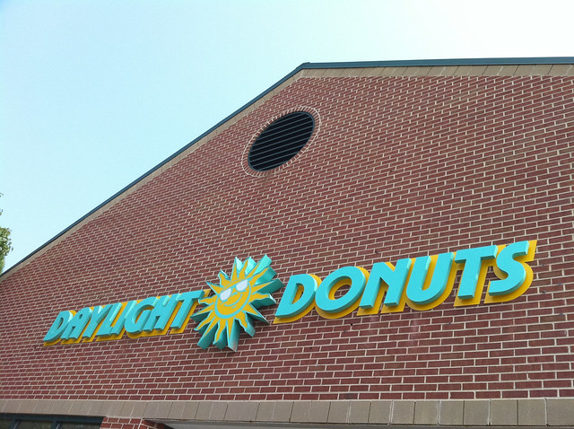 daylight donuts signage
