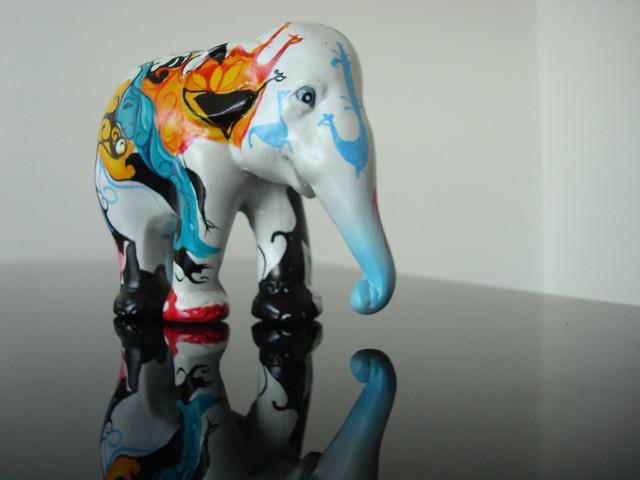 Image of elephant from artist Trix Laanen