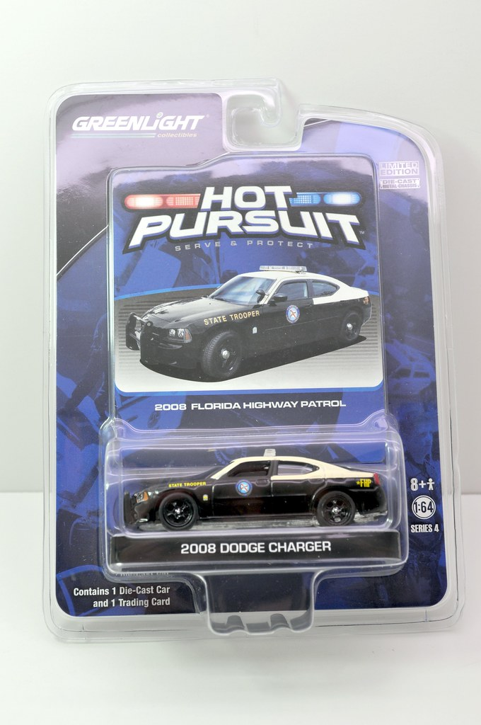 greenlight hot pursuit florida state trooper 2008 dodge charger (1)