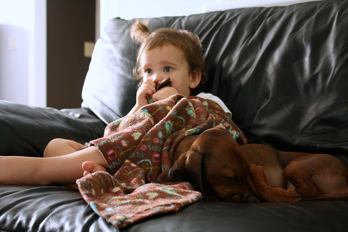 """edda watching """"pooh"""" with oliver"""