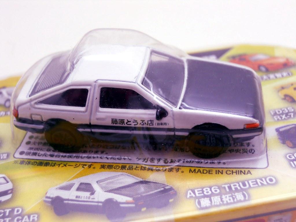 Initial D Toyota Trueno AE86 (1)