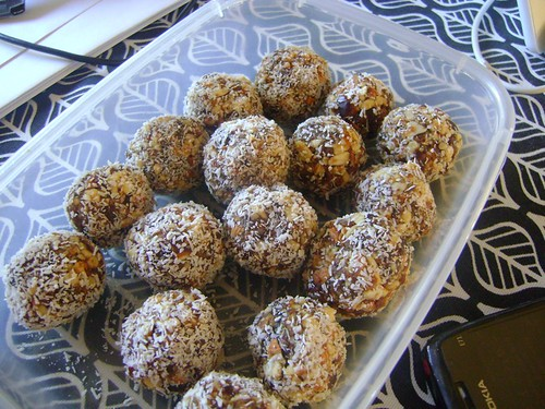 datealmondballs