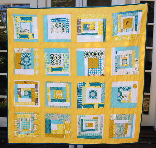 Bee mod quilt, square side
