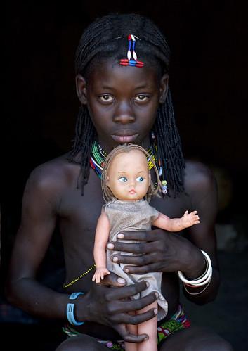The Muhacaona doll - Angola