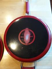 KitchenAid Porcelain Nonstick Cookwares - Pix 3/4