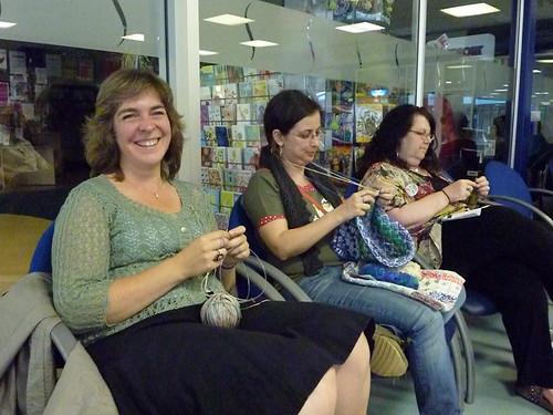 happy knitters