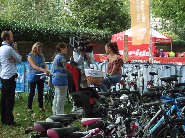 Kelly Brook at Skyride