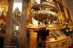 La casa del Tío Gilito?, no; la Iglesia Católica