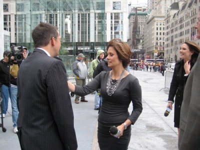 Maggie Rodriguez Adjusts Dave Price's Tie, CBS's The Early Show, Oct. 5, 2010