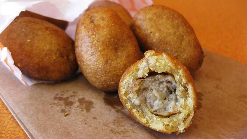 dunkin donut's sausage pancake bites