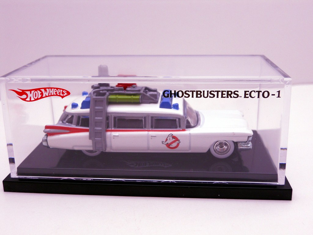 2010 sdcc hot wheels ecto-1 (5)