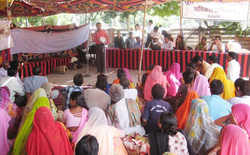 Pics from the satyagraha - 9 Oct 2010 - 4