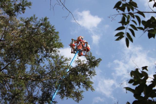 Voladores de Papantla 1