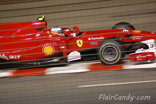 F1 Singapore Grand Prix 2010 - Day 1 (49)