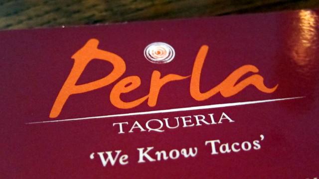 perla taqueria - the logo