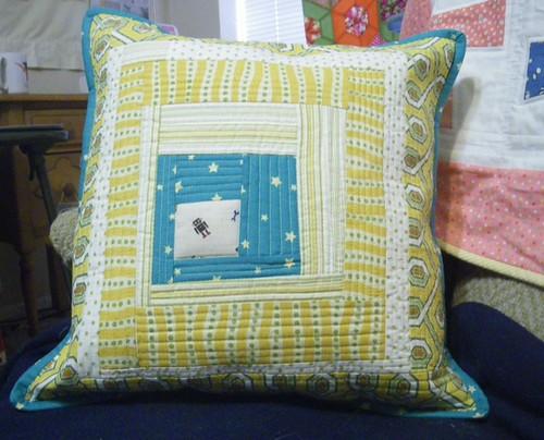 robot pillow.JPG