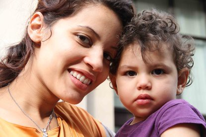 IMG_2121 Madre con niño