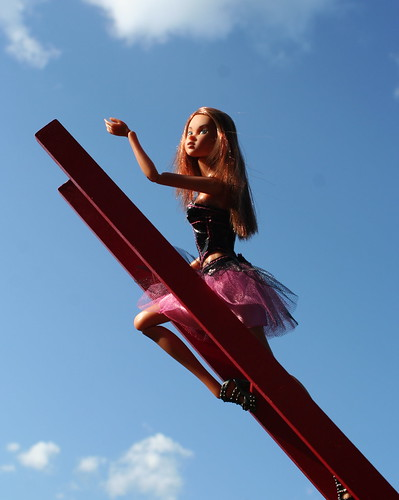 Momoko On A Ladder To The Heavens